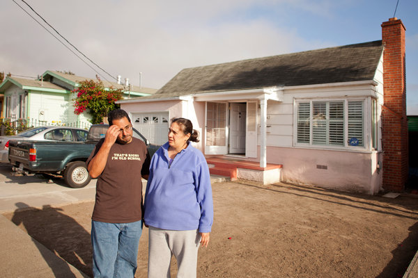 A City Invokes Seizure Laws to Save Homes - NYTimes.com